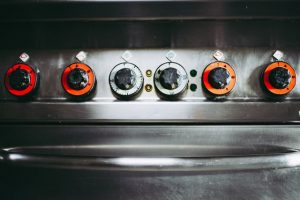 Commercial oven capillary thermostat control